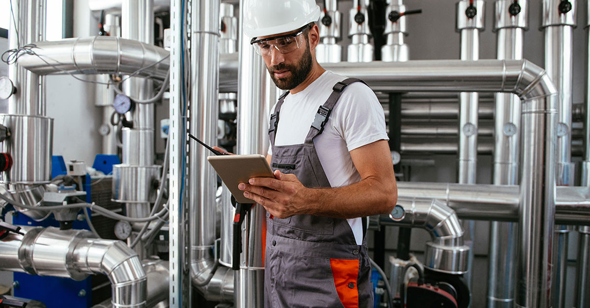 So schaffen Sie eine smarte Verknüpfung von Service und ERP-System
