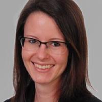 Dr. Nina Bär